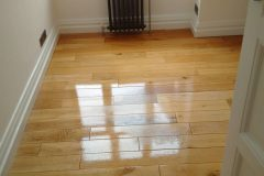 Light-Sanding-Wood-Floor-and-Re-varnish-113712