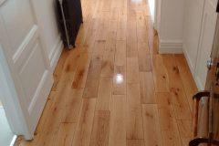 Light-Sanding-Wood-Floor-and-Re-varnish-114735