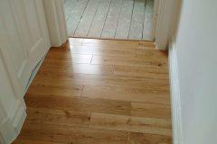 Light-Sanding-Wood-Floor-and-Re-varnish-123445