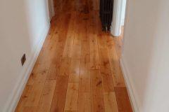 Light-Sanding-Wood-Floor-and-Re-varnish-123451
