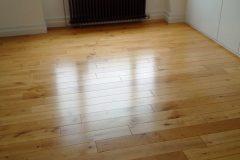 Light-Sanding-Wood-Floor-and-Re-varnish-123459