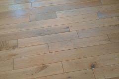 Light-sanding-wood-floor-and-re-varnish-090503