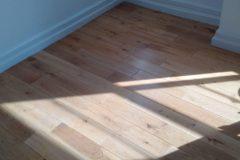 Light-sanding-wood-floor-and-re-varnish-092311