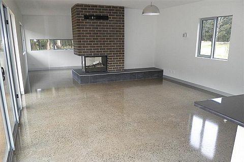 indoor-polished-concrete-floor