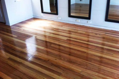 wood-floor-polishing