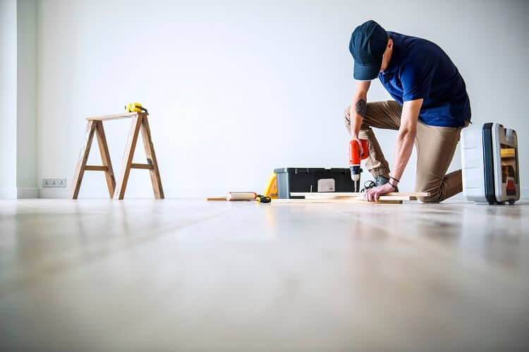 What`s the best time to call the wood floor sanding experts?